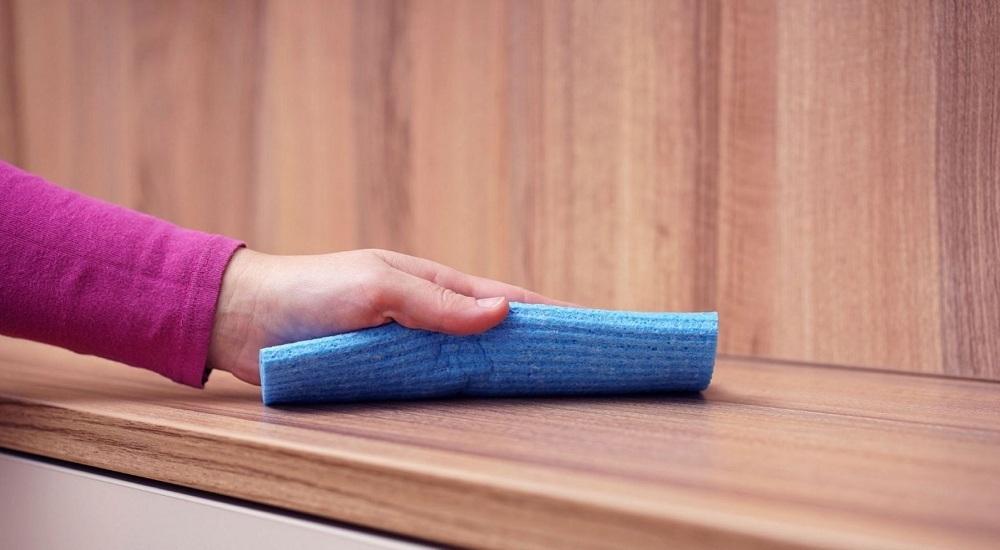 как убрать плесень с мебели